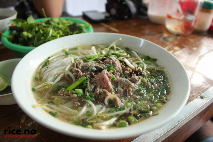 pho bo beef-beef rice noodles